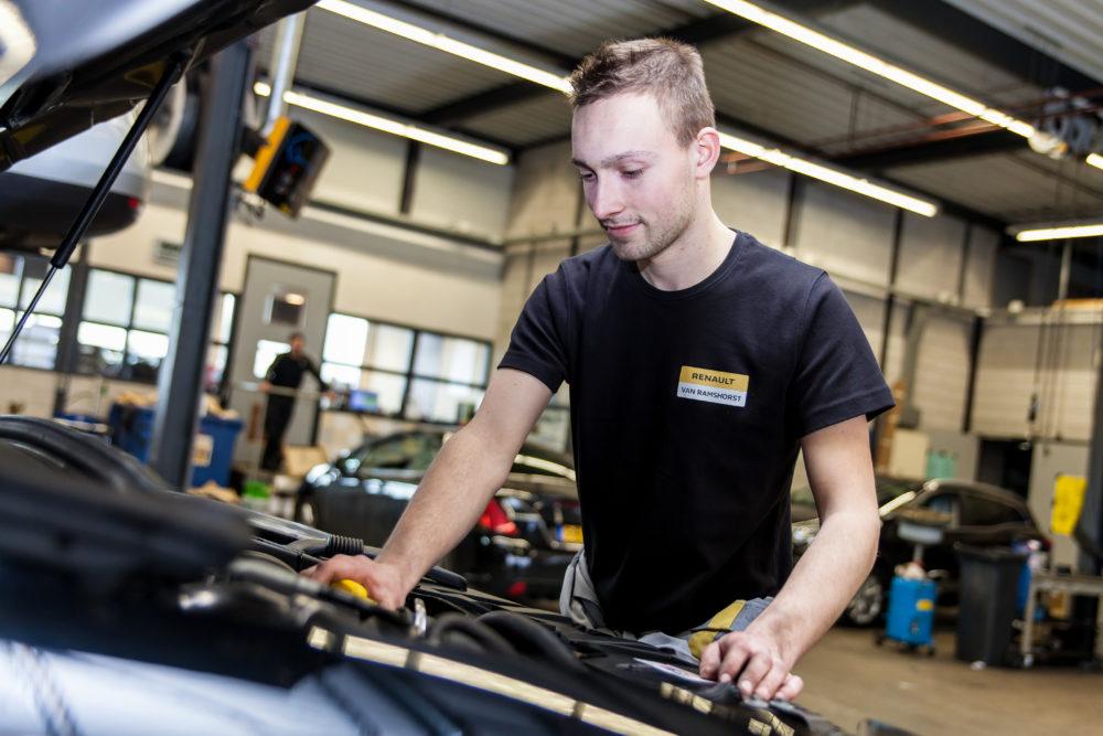 Autobedrijf van ramshorst ropaflex for Autobedrijf avan